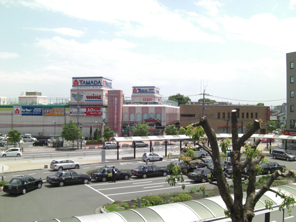 蓮田駅東口